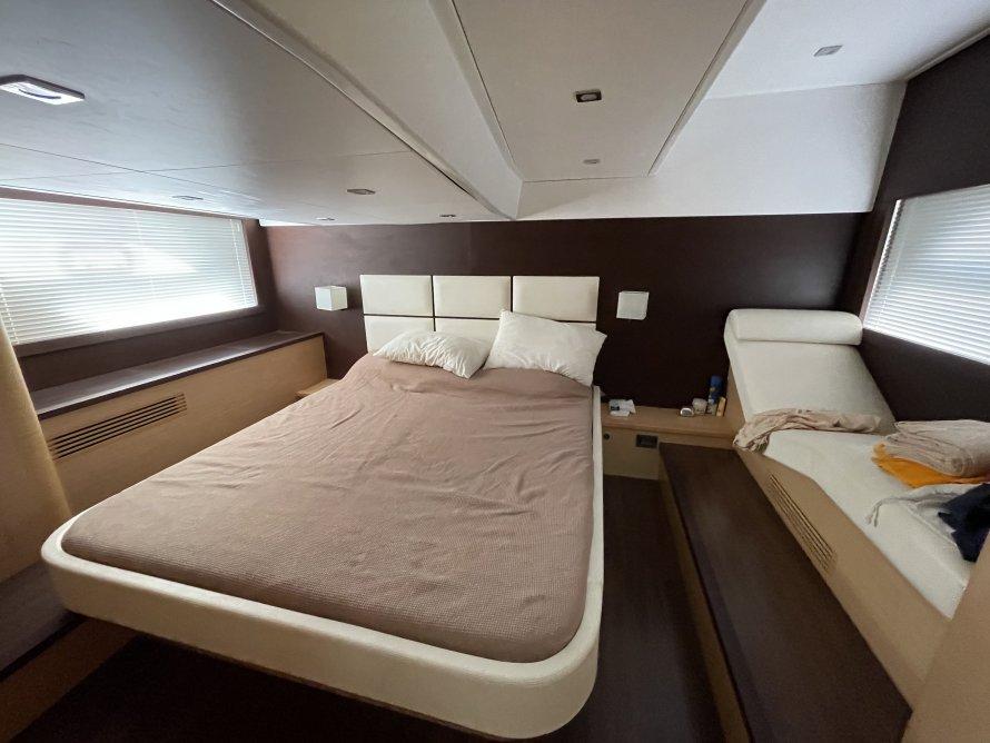 Beneteau Monte Carlo 47 Fly 2011 (10)